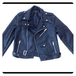 Love Tree Full Zip Jacket, Size M- Black